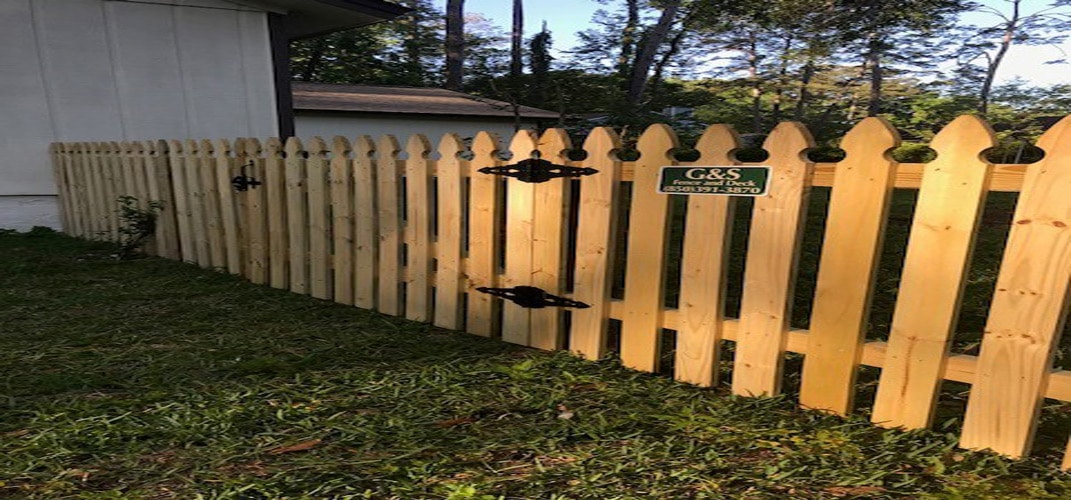 French Gothic Picket Fence!!
